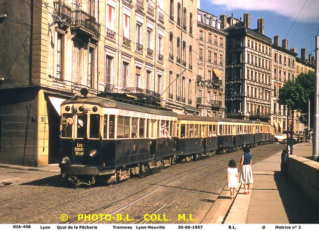 trams de lyon france flickr photo sharing. Black Bedroom Furniture Sets. Home Design Ideas