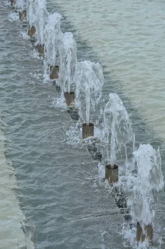 Fountain jets