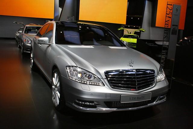 2011 Detroit: 2012 Mercedes-Benz S350 Bluetec