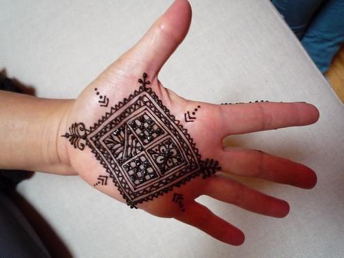 Moroccan Mehndi Patterns : Pakistan cricket player moroccan henna designs