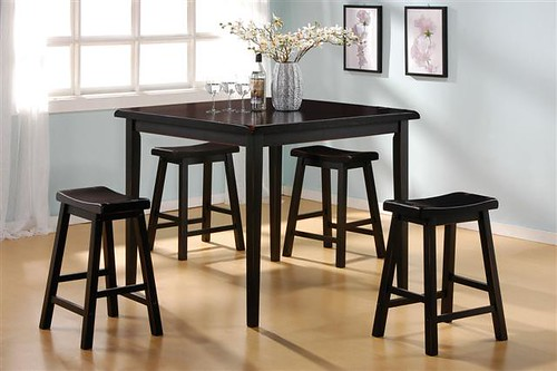 116 4 barstools and table black  $275