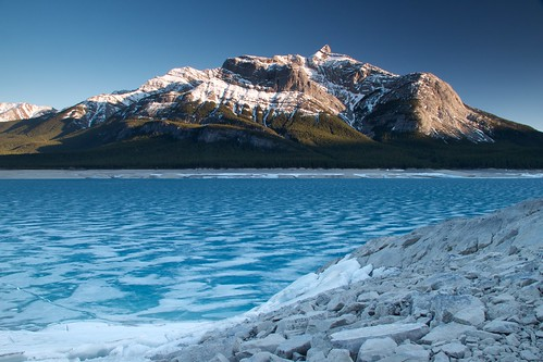 landscape canadianrockies canonefs18135mmf3556is bluemountainlakeice danwarkentin