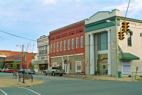 street downtown alabama shops historical businessdistrict demopolis commercialbuildings