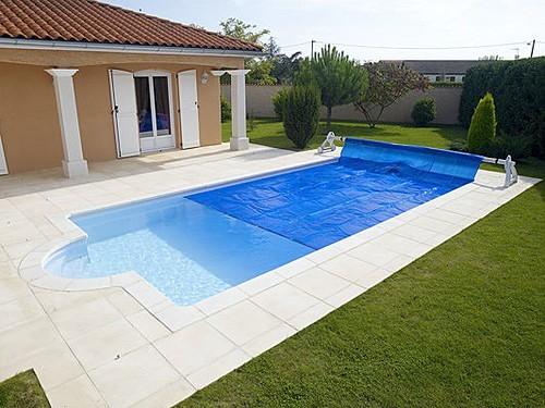 Usa tu piscina en invierno aqui te decimos como for Modelos piscinas pequenas para casas