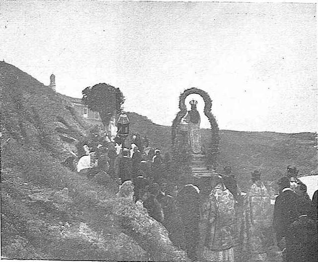 Romería de la Virgen del Valle hacia 1929. Fotografía publicada en la Revista Toledo en mayo de 1929