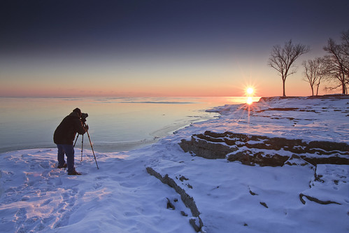 morning trees lake snow rock sunrise frozen twilight marblehead marbleheadlighthouse lakeerie timbazzinet