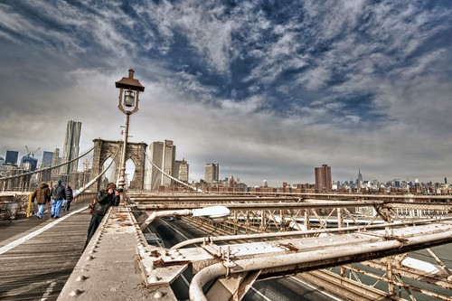 Brooklyn Bridge and photographer HDR