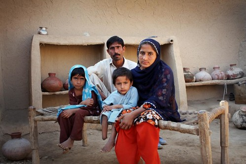 PAKISTAN:Faces of the flood