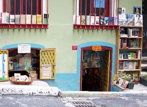 Bookshop in Karaköy liten