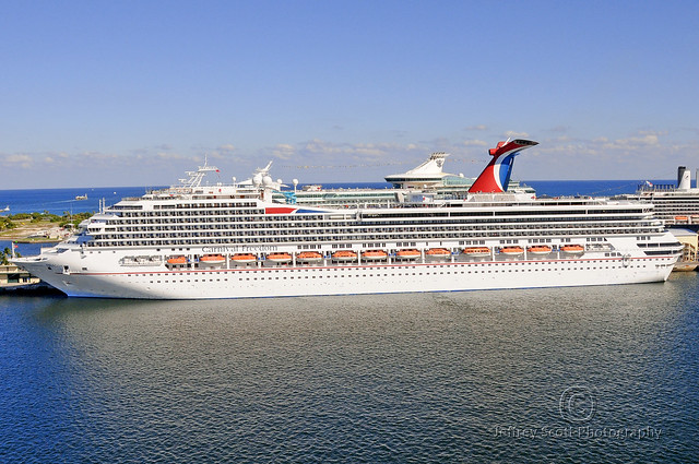 27 Photos Carnival Cruise Ship Freedom Pictures  Punchaoscom