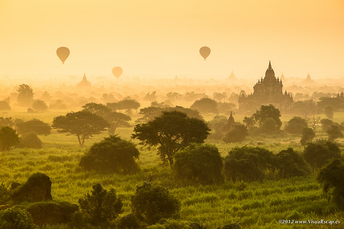 morning travel colors yellow sunrise landscape golden pagoda asia burma balloon vivid olympus myanmar zuiko bagan e5 1260 zd 1260mm dpslessismore
