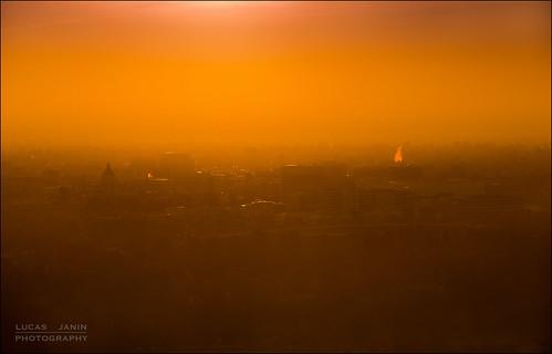 california city sky orange usa mist color building monochrome sunrise iso200 losangeles nikon outdoor ciel pasadena f80 nikkor couleur ville leverdesoleil lightroom 200mm lightroom3 nikond700 lucasjanin ¹⁄₅₀₀sec afsvrnikkor70200mmf28gifed