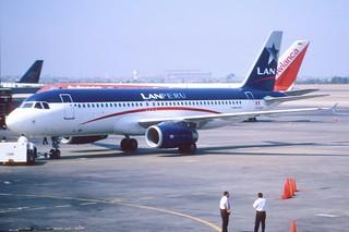 170ac - LAN Peru Airbus A320-233; VP-BCK@LIM;11.03.2002