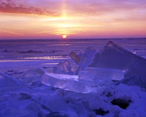 county ice wisconsin sunrise erosion oshkosh winnebago shove lakewinnebago millersbay pacemakerspeedgraphic epsonv750scanner