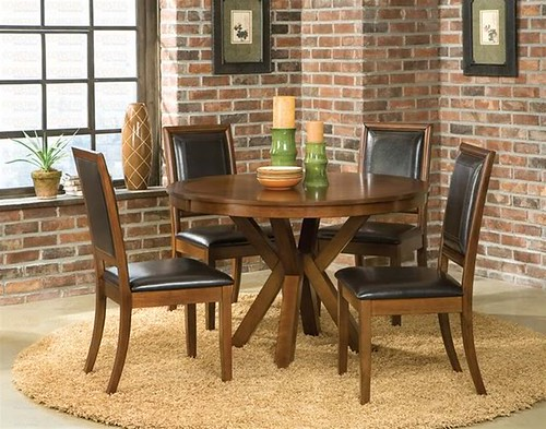 47 Round table and 4 chairs $515