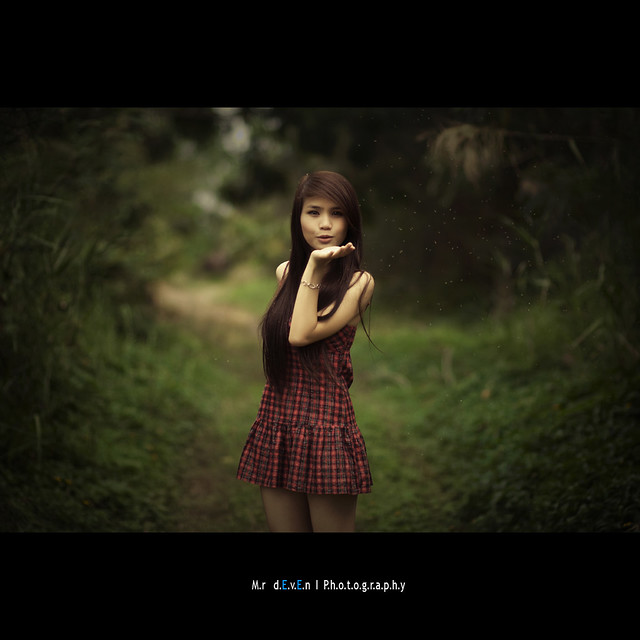 Mr. dEvEn - Forest girl ... (Explore Front page)