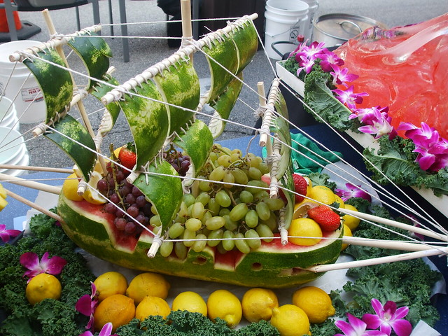 boats endive boats with avocado pomegranate crab salad melon boats ...