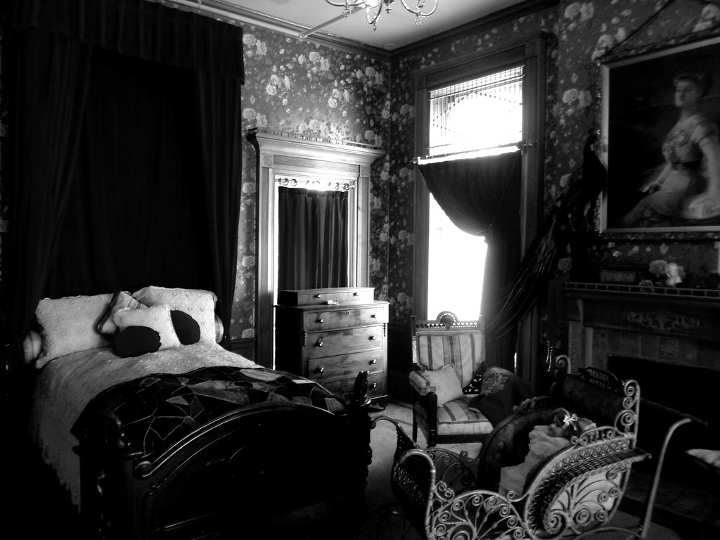 Image Result For Black Gothic Bedroom