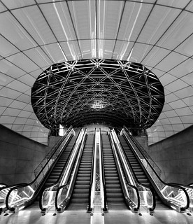 Escalators, Triangeln Station