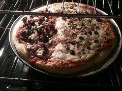 Homemade-ish pizzas chez Blackmon
