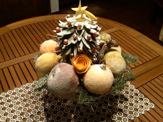 Albero di natale di ananas e frutta brinata ciao for Albero di ananas