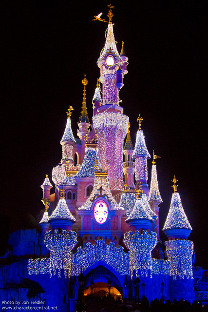 DLP Dec 2010 - Le Château de la Belle au Bois Dormant at Christmas