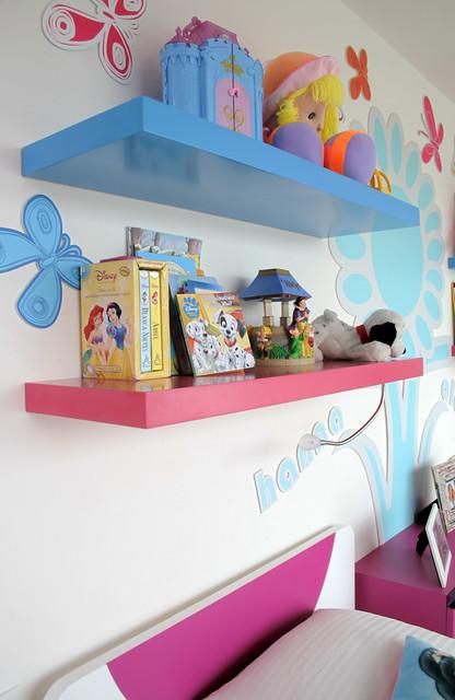 Muebles para ni as flickr photo sharing for Roperos para cuartos de ninas
