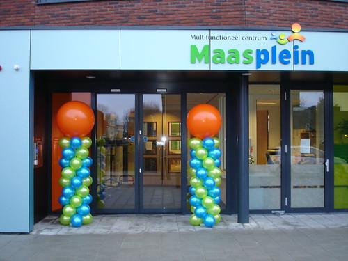 Ballonpilaar Breed Rond Multifunctioneel Centrum Maasplein Alblasserdam