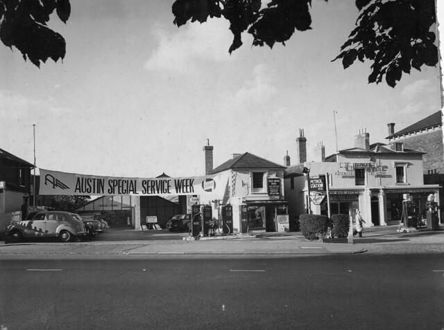 LF Dove Croydon - Austin Service Week 1950