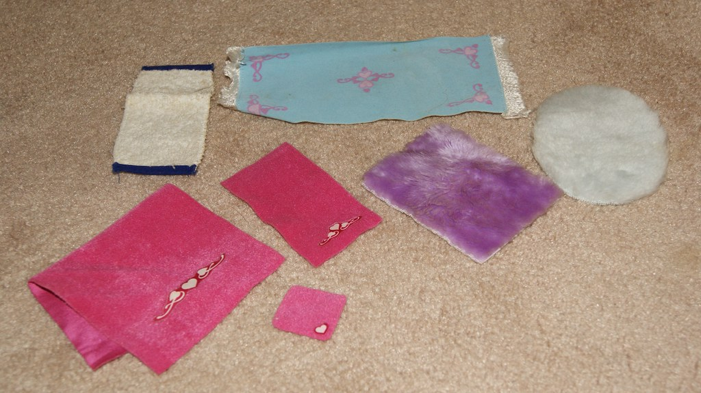 Sindy Rugs/Towels