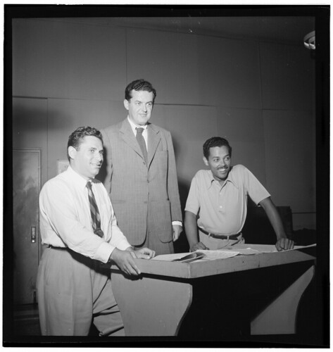 [Portrait of Billy Eckstine and Nelson Riddle, New York, N.Y., between 1946 and 1948] (LOC)