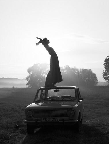 black,,,white,car,girl,photography,standing,woman-9de00af10196773d73c52f1978789141_h
