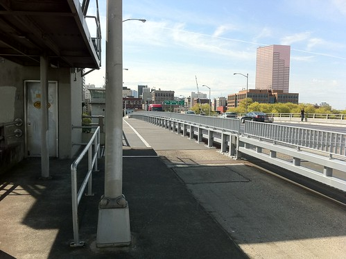 Morrison Bridge Bike Lane