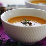 Saldžiųjų bulvių sriuba su imbieru ir pasukomis