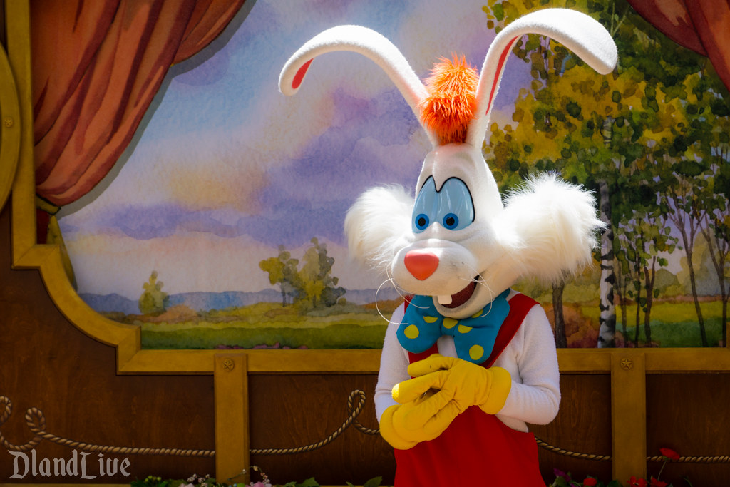 Roger Rabbit at Disneyland