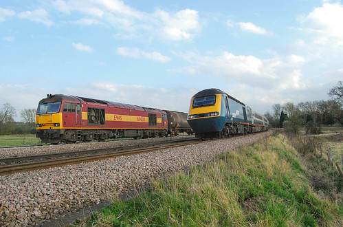 43055 and 60030 Harrowden Junction