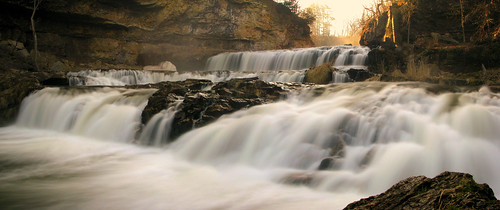 panorama wisconsin sunrise spring poetry pano unitedstatesofamerica waterfalls robertfrost poems americas fireandice wisconsinstatepark willowriverstatepark wisconsinstateparks willowfalls wisconsinwaterfalls springofday—springofseason—springofmind