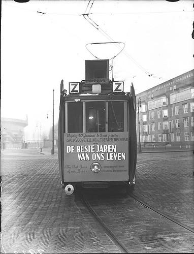 01-00-1948_03933 Zilvertram