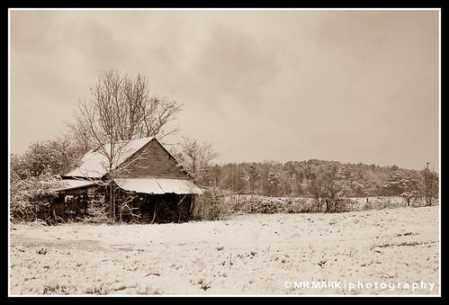 christmas winter snow barn