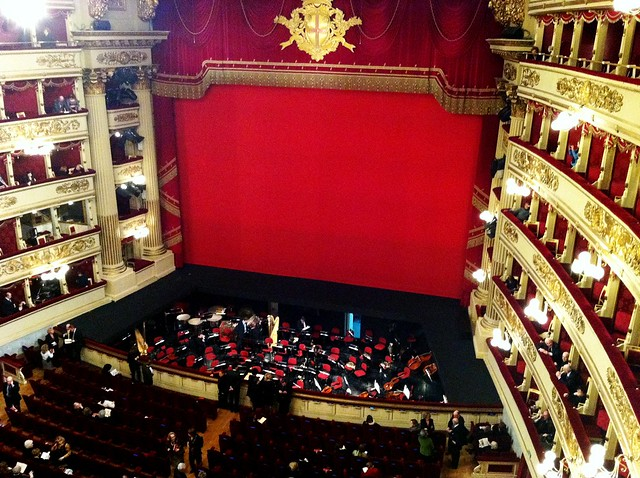 Teatro alla Scala, Milan - Flickr CC klik2travel