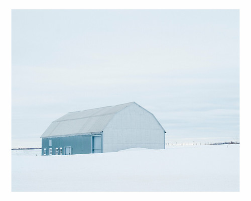winter snow canada barn rural landscape quebec saintjeandelîledorléans vscofuji160