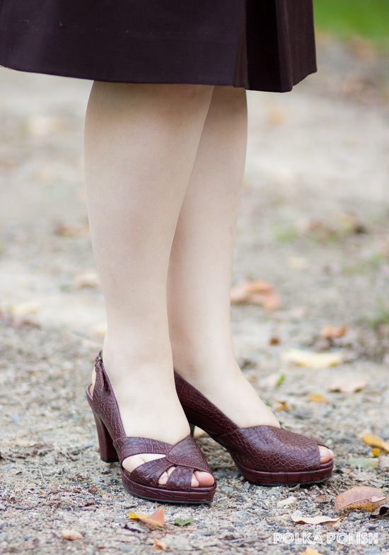 Royal Vintage Shoes Dolores pumps in brown faux gator, a 1940s style platform peep-toe slingback shoe