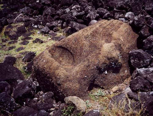 Velikonoční ostrov: Mluvící a mlčící hole krále Hotu Matuy