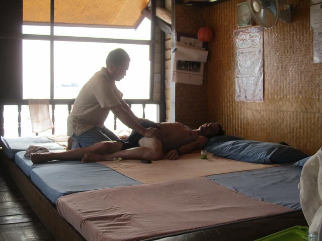 happy ending thai massage Aurora, Colorado