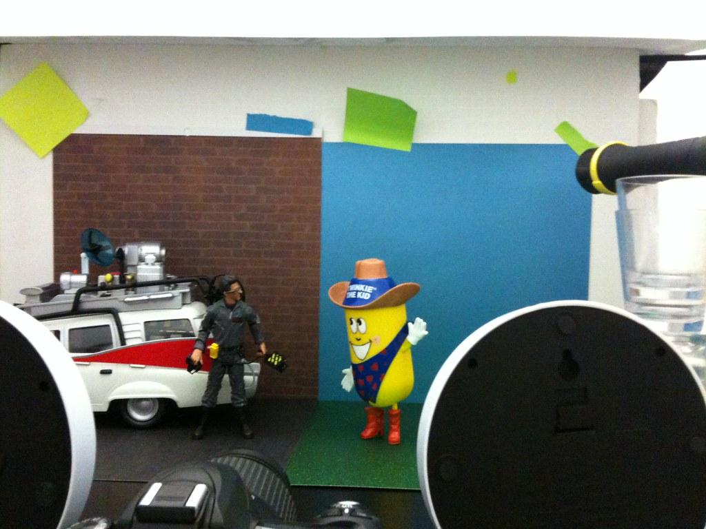 Dr. Egon Spengler vs. Twinkie the Kid Setup