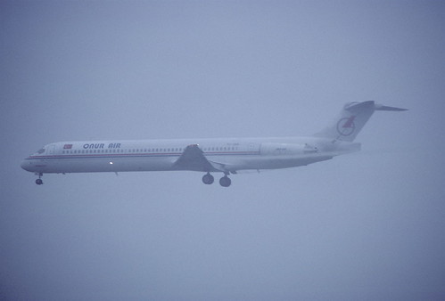 382ag - Onur Air MD-88; TC-ONN@ZRH;15.10.2005