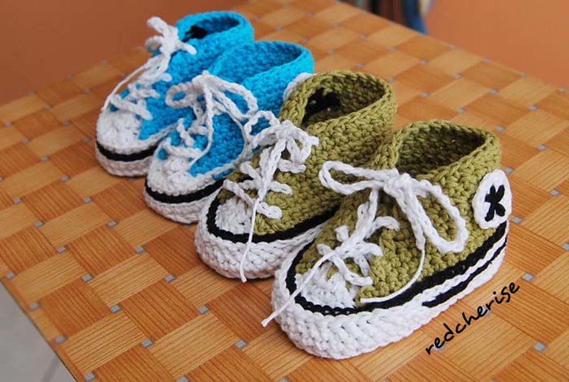 Thread Crochet Baby Converse Pattern Free : Crochet Baby Converse visit my crafting journal ...