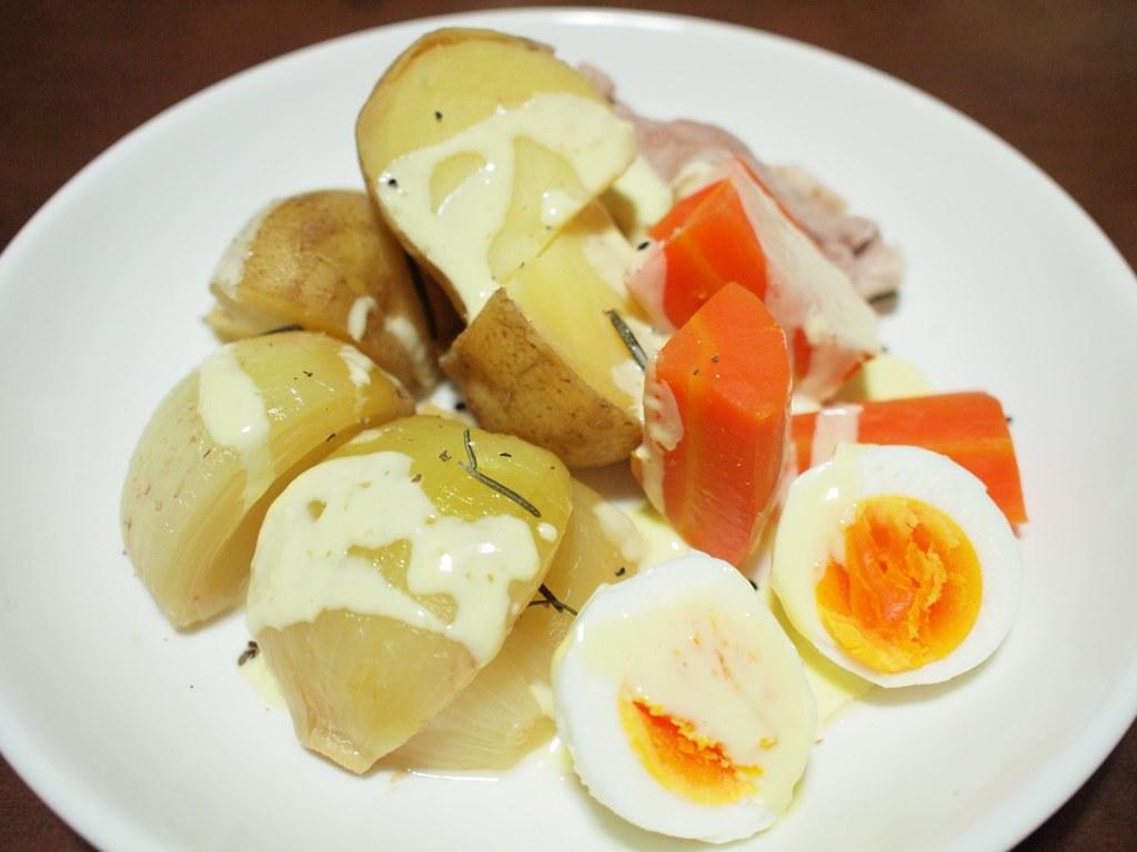 蒸し野菜にんにくマヨネーズ