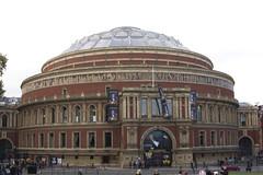 classical architecture, landmark, architecture, facade, plaza, dome,