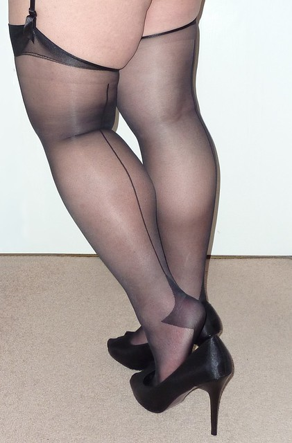 Fully Fashioned Stocking Tops